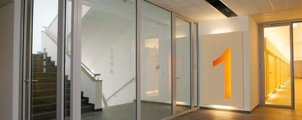Wrightstyle glazed door system