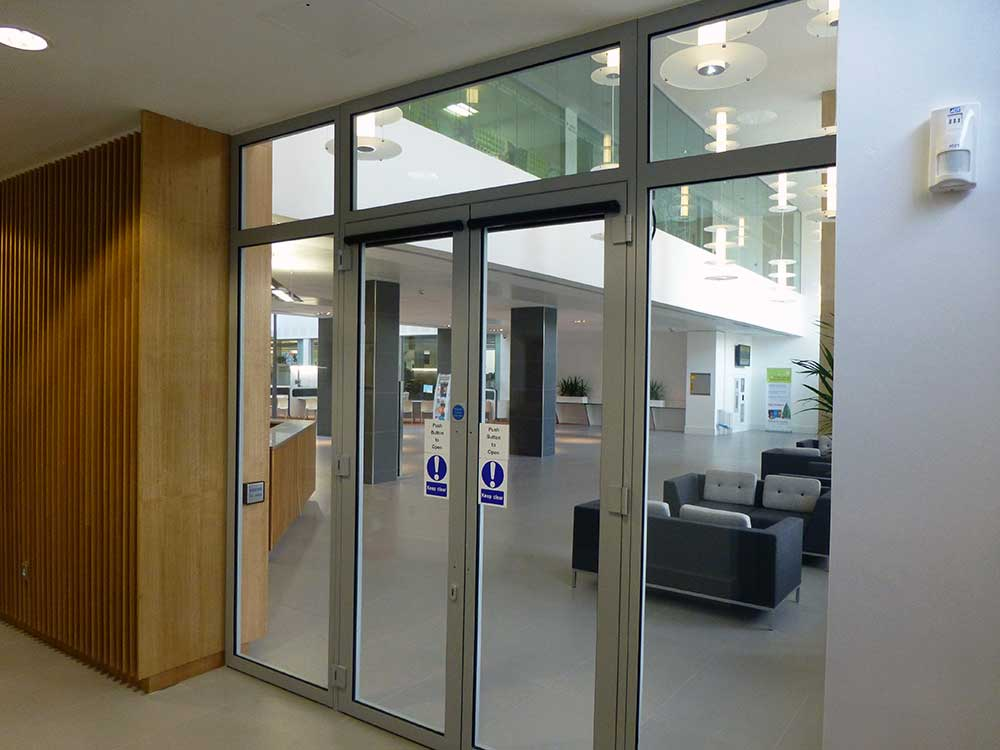 sound Glazed Doors Screens and Windows internal lobby perspective & Sound Protection - Wrightstyle Pezcame.Com